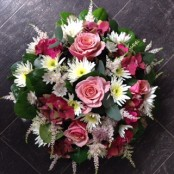 Peaches & Cream Posy